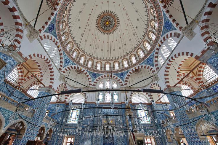 the-rustem-pasha-mosque-izzet-keribar